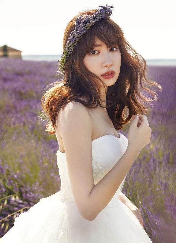 【蜗牛棋牌】小嶋阳菜 日本美臀王AKB48女团成员写真照、生活照分享及个人资料