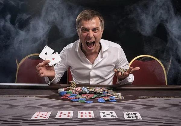 【蜗牛棋牌】德州扑克中最难搞的牌型是什么?