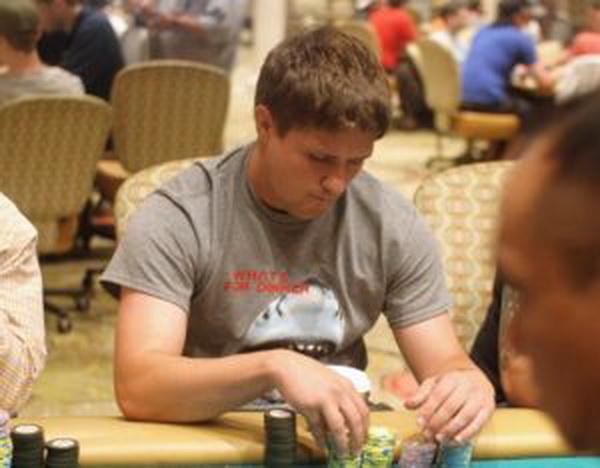 【蜗牛棋牌】追逐德州扑克只因喜欢