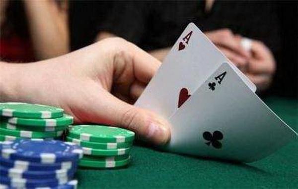 【蜗牛棋牌】德州扑克MTT策略:和你想的不一样!!!