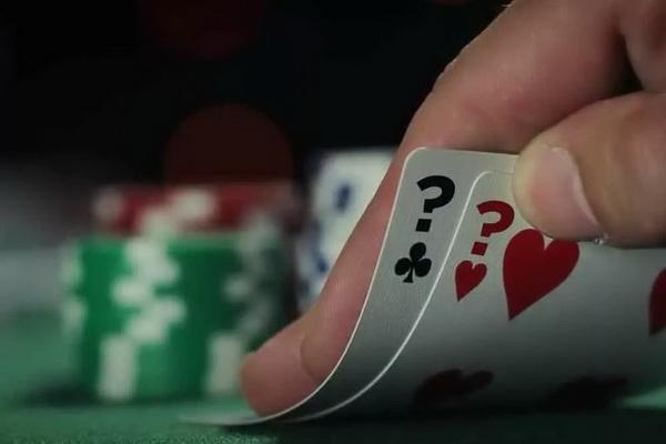 【蜗牛棋牌】德州扑克推测对手范围不要犯这四个错误