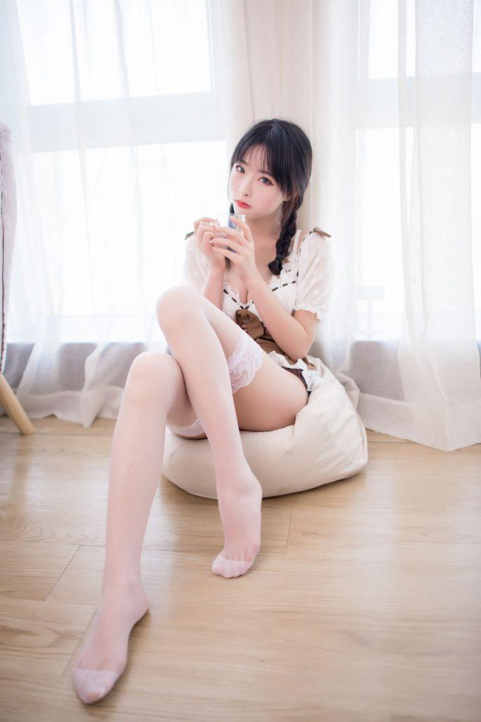 【蜗牛棋牌】[喵糖映画] VOL.130 清水由乃 楚楚动人的女友