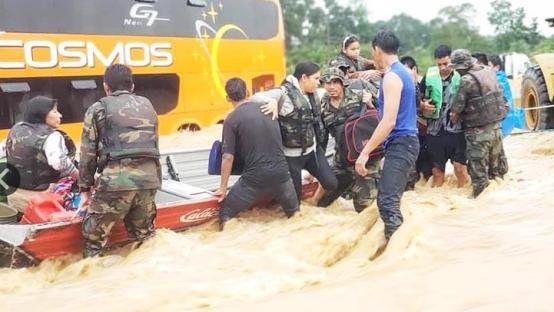 【蜗牛棋牌】玻利维亚暴雨引发多条河流决口 十余座城市被淹