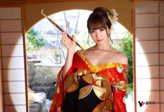 【蜗牛棋牌】高清无码AV女优合集,日本最美步兵女优排行榜