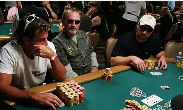 【蜗牛棋牌】德州扑克做价值最大化调整的3个理由