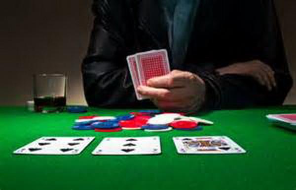 【蜗牛棋牌】Ed Miller谈扑克:观察公共牌结构