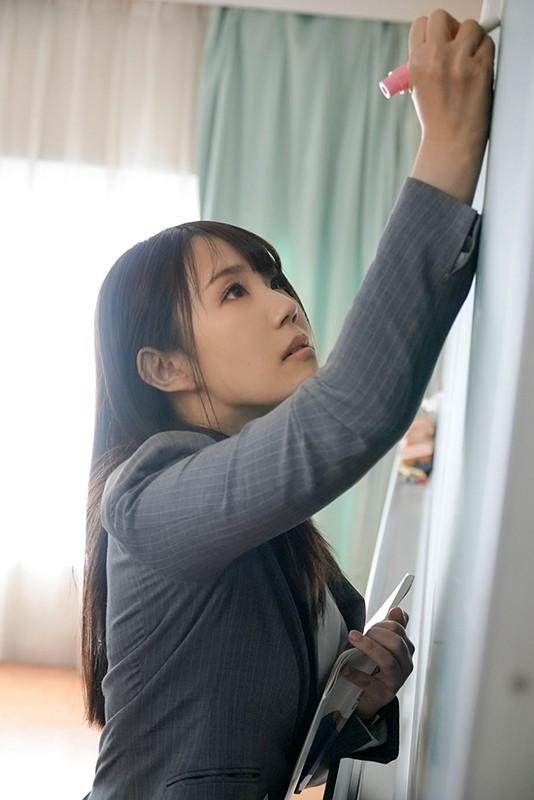 【蜗牛棋牌】AV界的奇珍异兽!高中美女教师安奈真理恵有三个乳头!