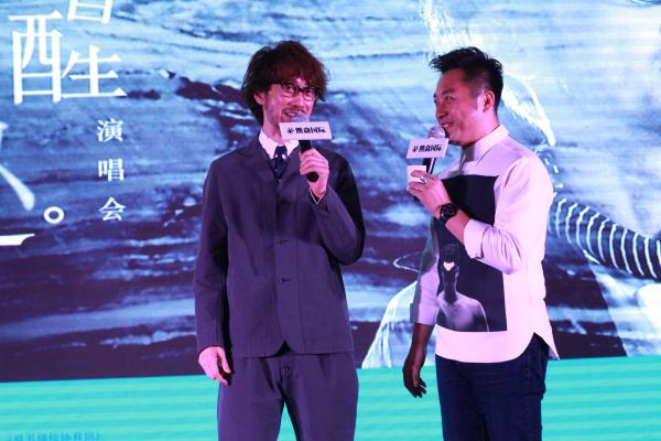 【蜗牛棋牌】周传雄演唱会北京启动回顾28年歌坛生涯