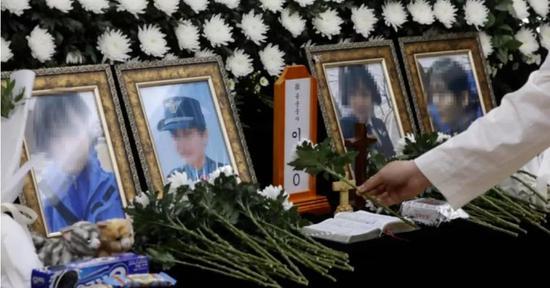 【蜗牛棋牌】韩女兵领证当天因性侵案自杀,离世前录像曝光