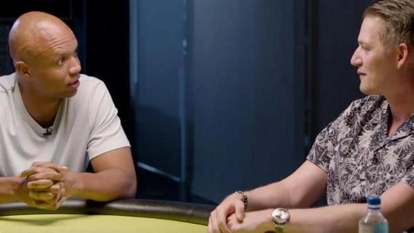 【蜗牛棋牌】Phil Ivey做客扑克生活播客粉丝狂热
