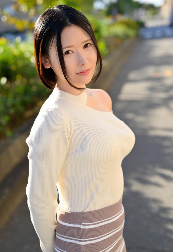 【蜗牛棋牌】超S级Boby地方妖精皆川留衣投身艾薇界!