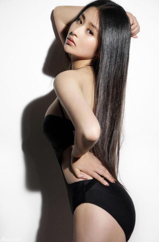 【蜗牛棋牌】颖儿 时尚Cosmo年度时尚美丽偶像美照鉴赏