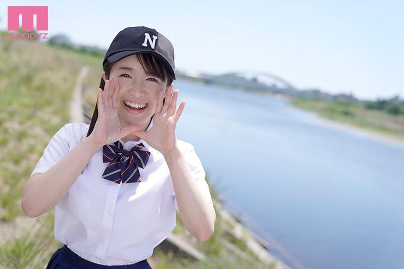 【蜗牛棋牌】曾和捕手及二垒手玩3P的棒球社经理!深月めい可能是8月最好的雪肌巨乳美少女! …