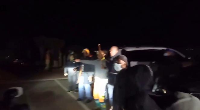 【蜗牛棋牌】南非前总统祖马支持者阻止警方逮捕祖马