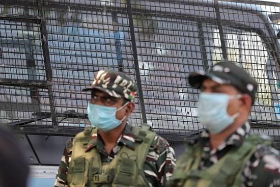 【蜗牛棋牌】印度中央武装警察部队超8.4万人确诊新冠 331人死亡