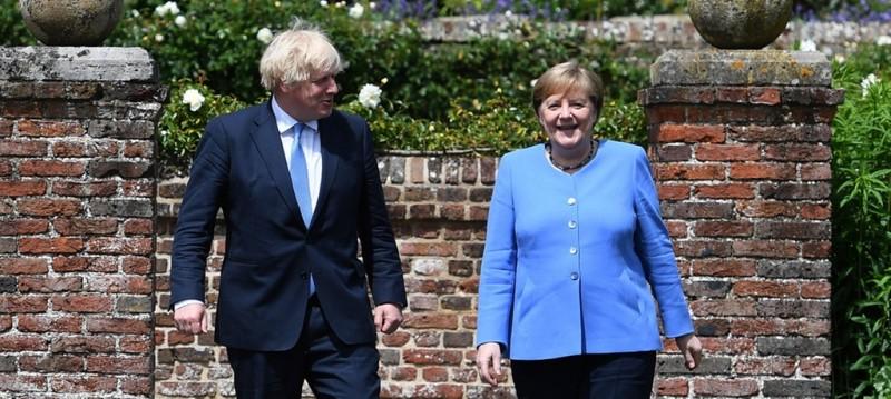 【蜗牛棋牌】德国总理默克尔访英告别之旅 德英关系或掀新一页