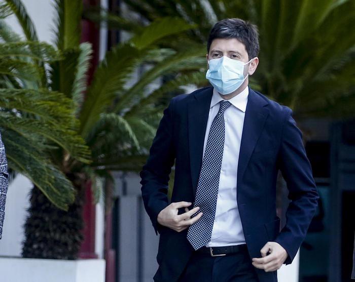 【蜗牛棋牌】意大利卫生部长:疫情仍未结束 需警惕变异新冠病毒