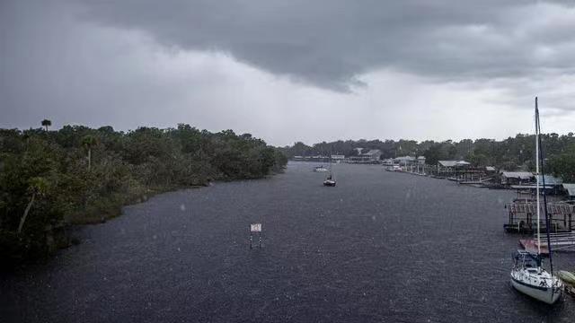 【蜗牛棋牌】美国佛罗里达州一艘船只倾覆致9人失踪