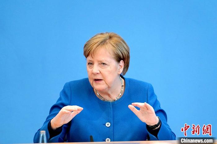 【蜗牛棋牌】德国大选三候选人将电视辩论 默克尔所属党选情告急?