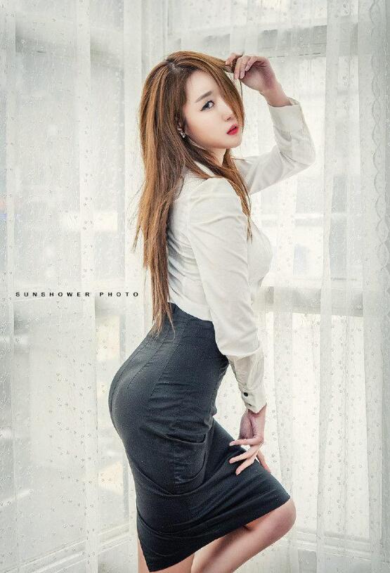 【蜗牛棋牌】李雅琳 韩国女子演唱团体T-ara成员美照鉴赏